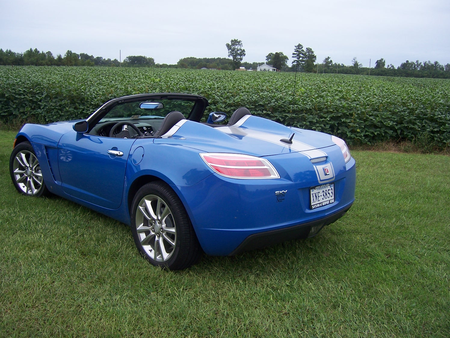 Hydro Blue 2009 limited edition saturn sky for sale-014.jpg