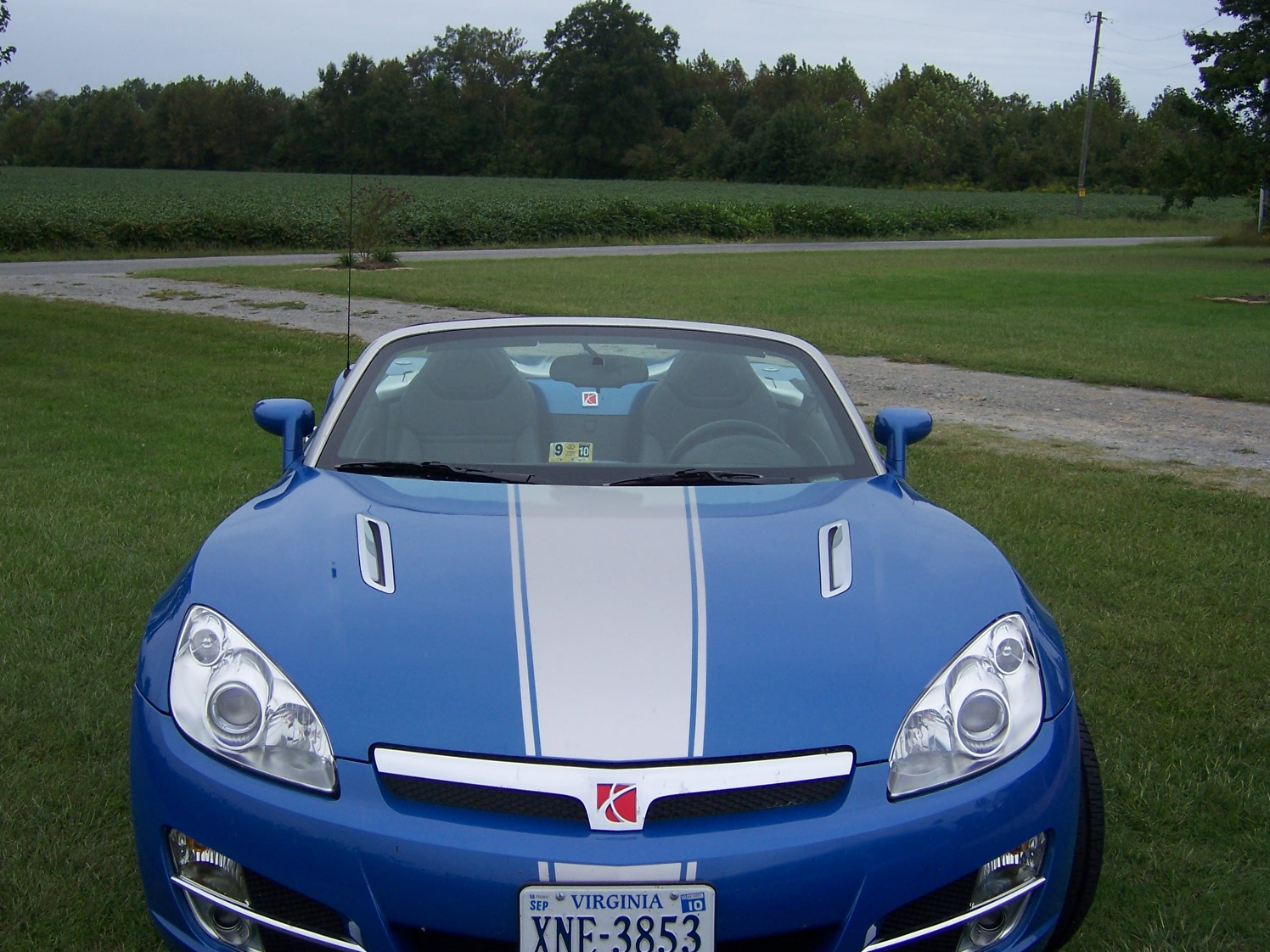 Hydro Blue 2009 limited edition saturn sky for sale-017.jpg