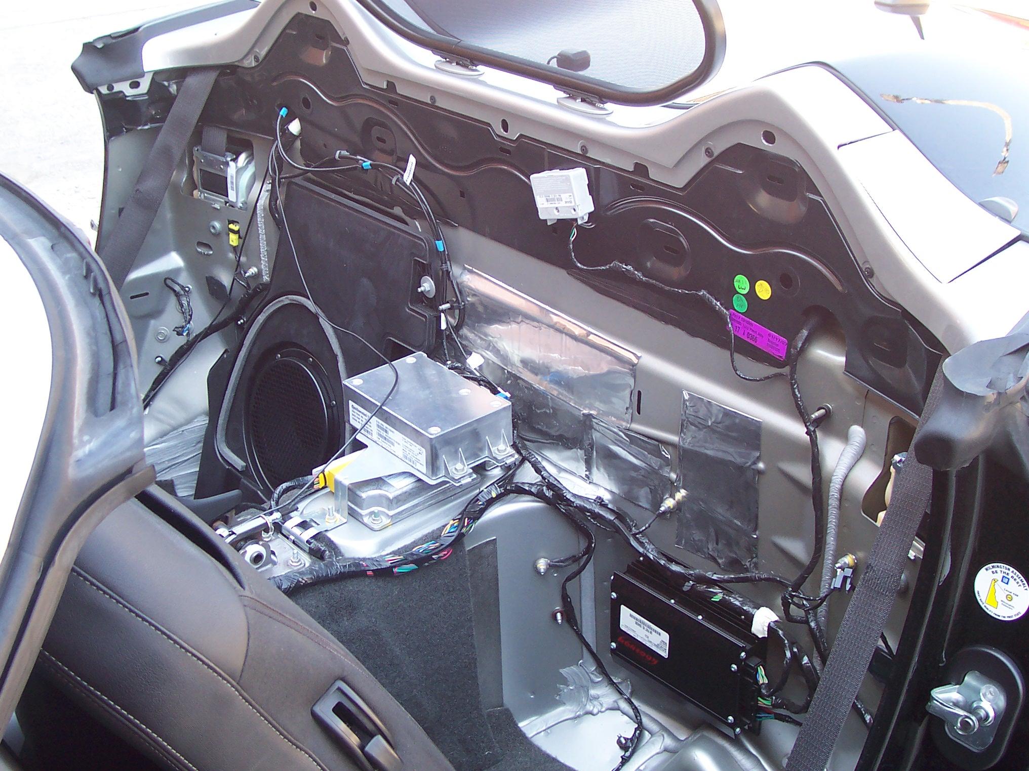 Pics of Speaker/Amp Install-100_3613.jpg