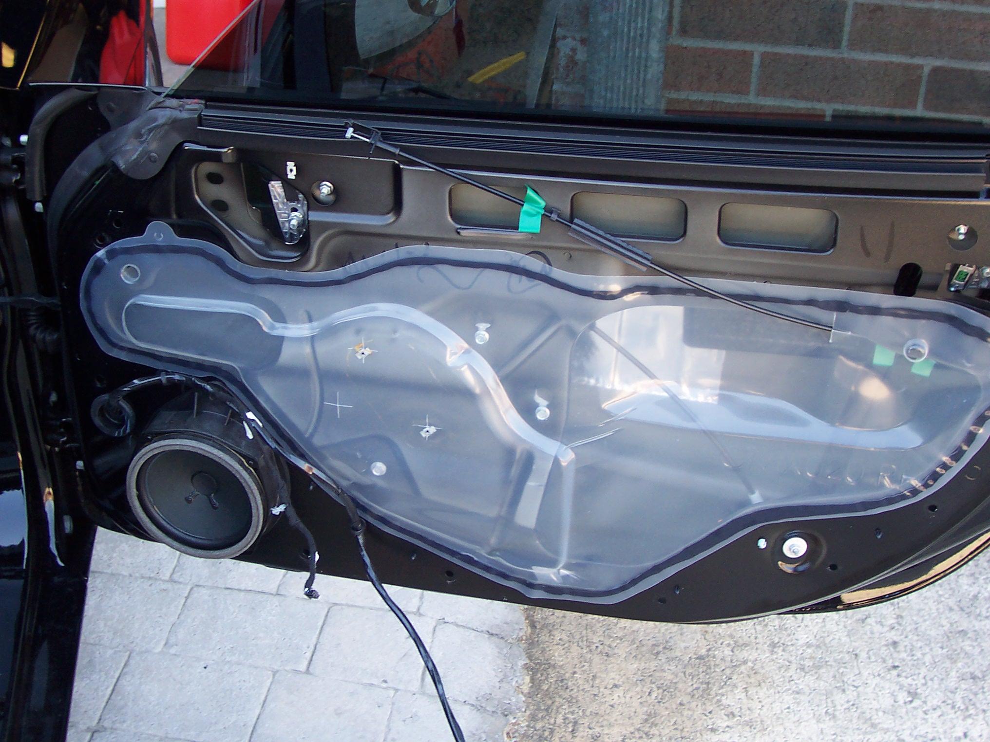 Pics of Speaker/Amp Install-100_3617.jpg