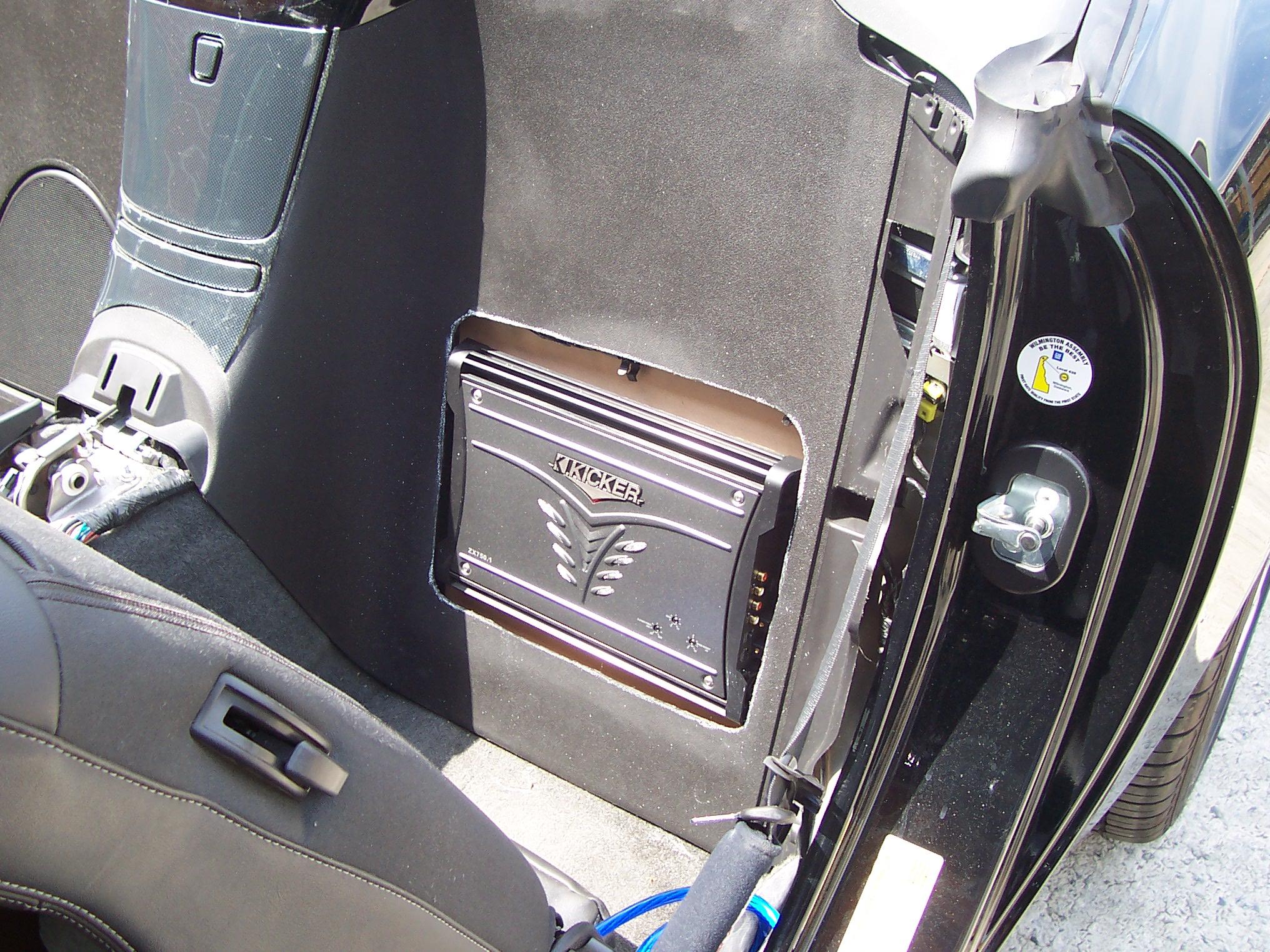 Pics of Speaker/Amp Install-100_3623.jpg