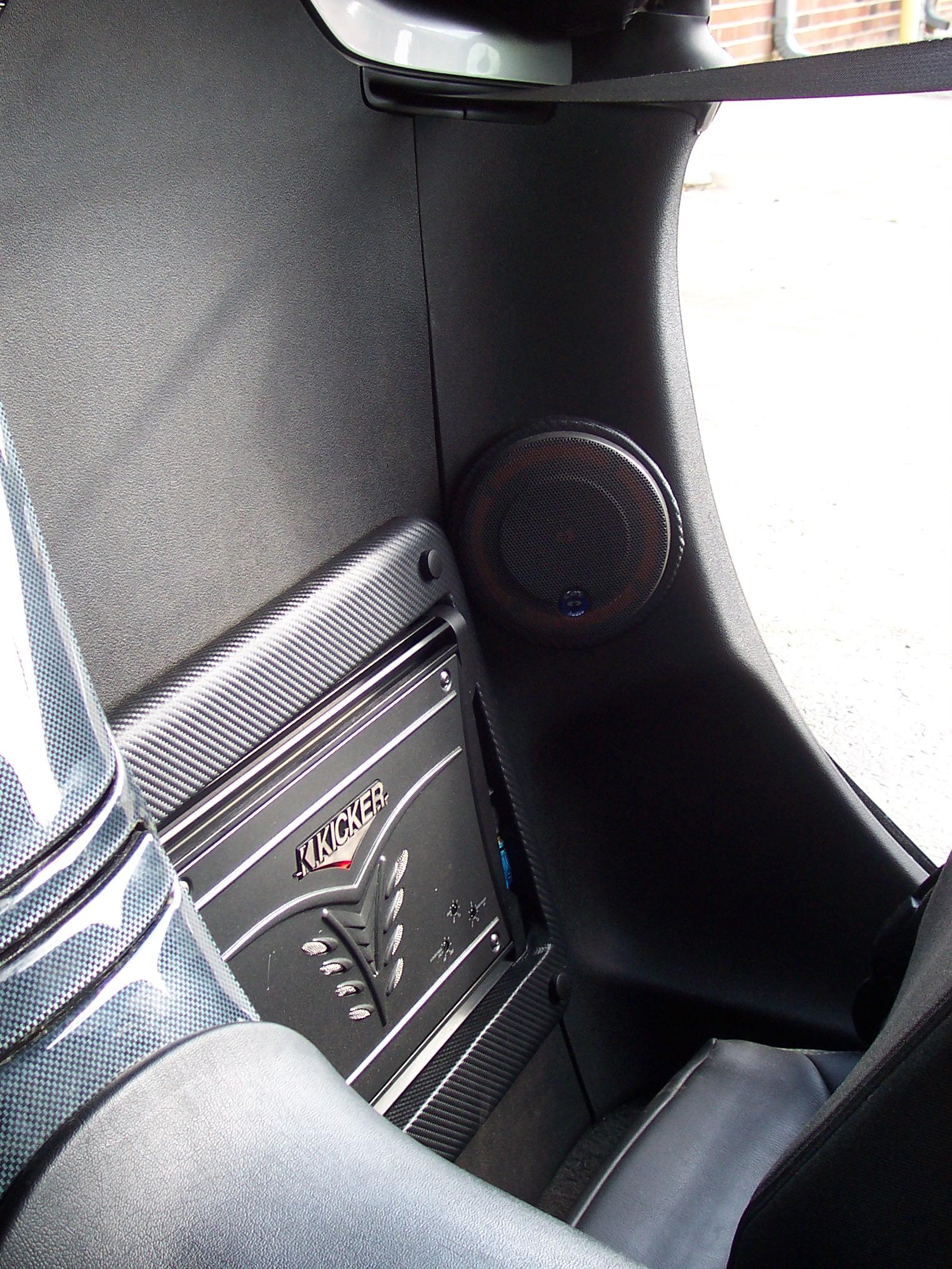 Pics of Speaker/Amp Install-100_3656.jpg