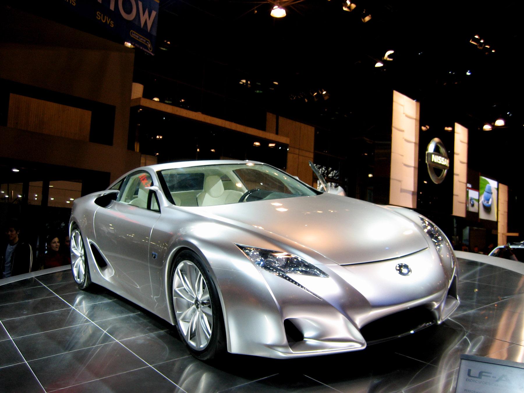 http://www.skyroadster.com/forums/attachments/f2/30301d1231819047-370-convertable-lexus-lfa-roadster-concept-auto07_lexuslfafront.jpg