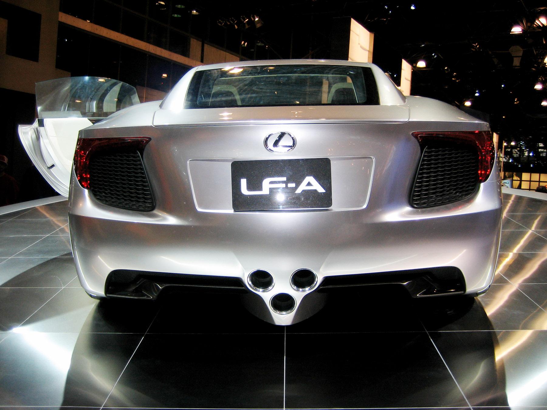 http://www.skyroadster.com/forums/attachments/f2/30302d1231819047-370-convertable-lexus-lfa-roadster-concept-auto07_lexuslfarear.jpg