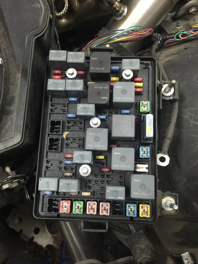 74065d1453338906 1000 rwhp sky build fuse block 1000 rwhp sky build page 9 saturn sky forums saturn sky forum saturn sky fuse box at readyjetset.co
