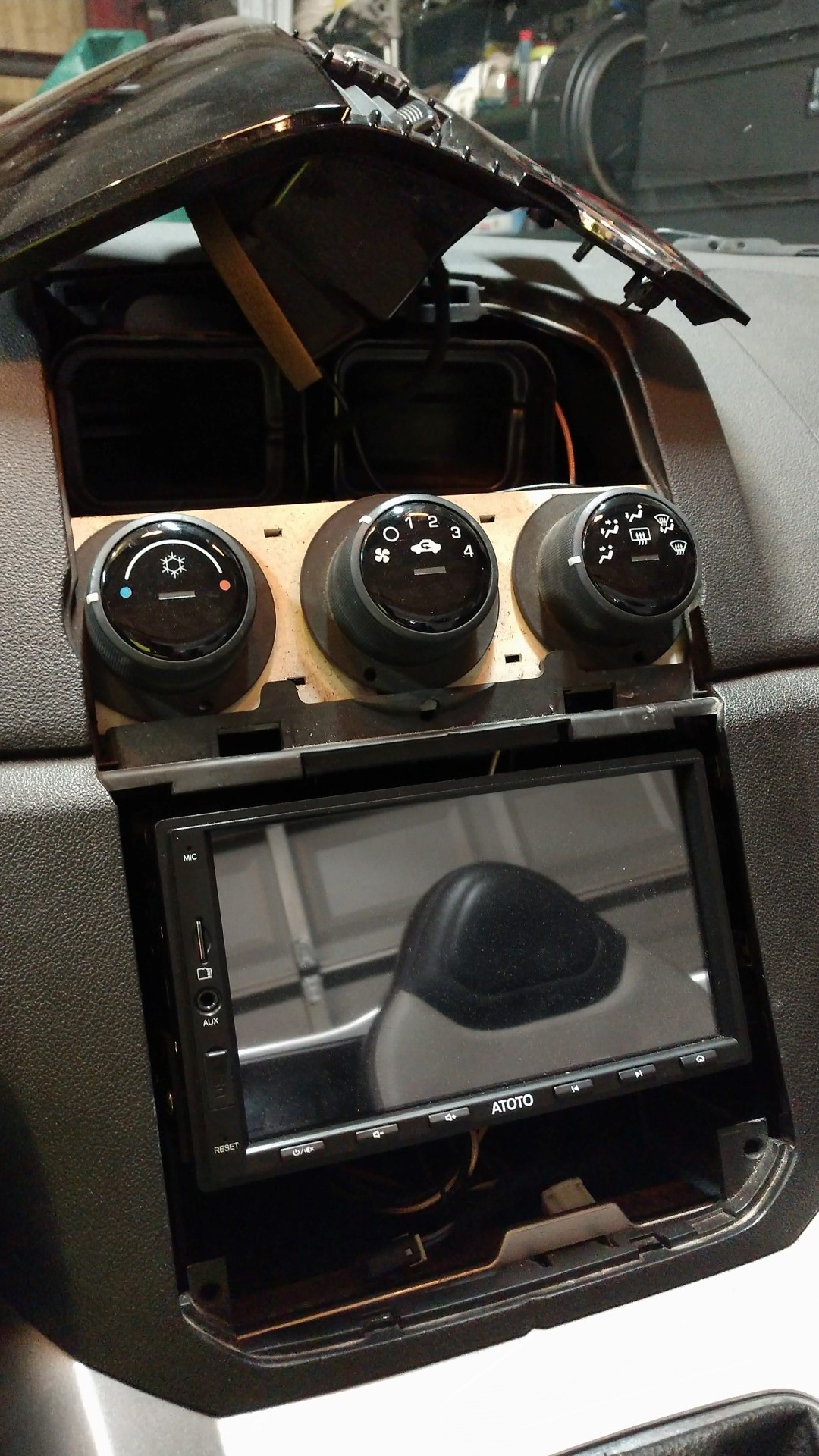 Stereo Head Unit Replacement - RasPi OpenAuto - Page 2